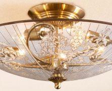 Люстра – источник эстетики и света в доме